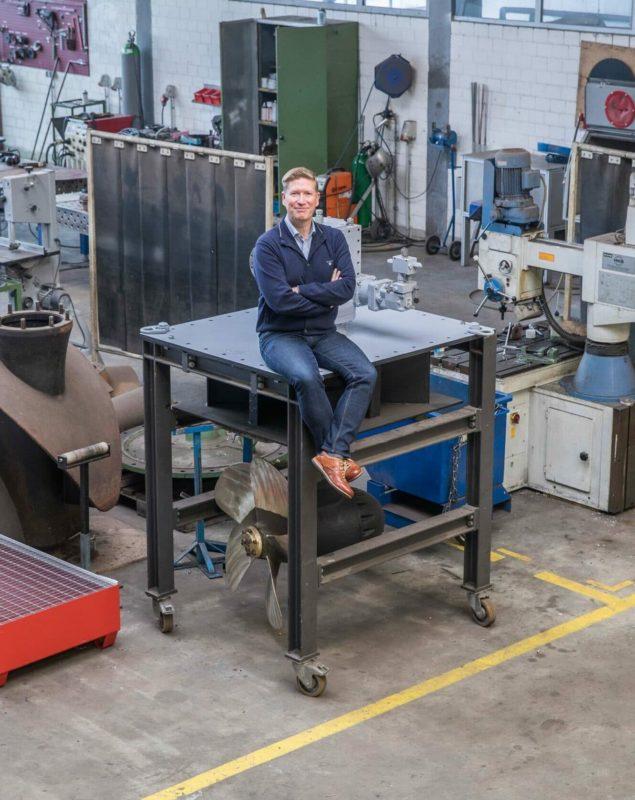 Gunnar Barghorn in der Werkstatt.